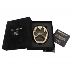 Bronze wolf paw size 1:1, luxury velvet box, and authenticity certificate.
